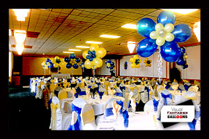 YellowBlueWhiteFlowerCenterpieces